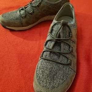 NWT Dansko Holland Suede Charcoal Shoes
